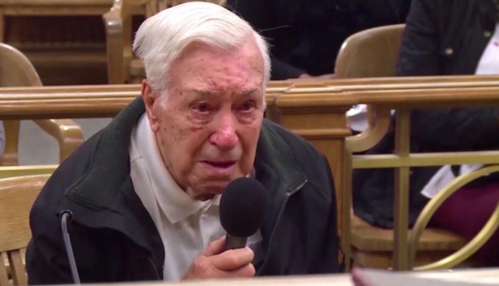 El conmovedor juicio por exceso de velocidad a un anciano de 96 años que ayudaba a su hijo con cáncer. (Facebook | Caught in Providence)
