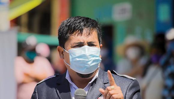 Las reacciones a favor y en contra de la sentencia de destitución del gobernador de Arequipa
