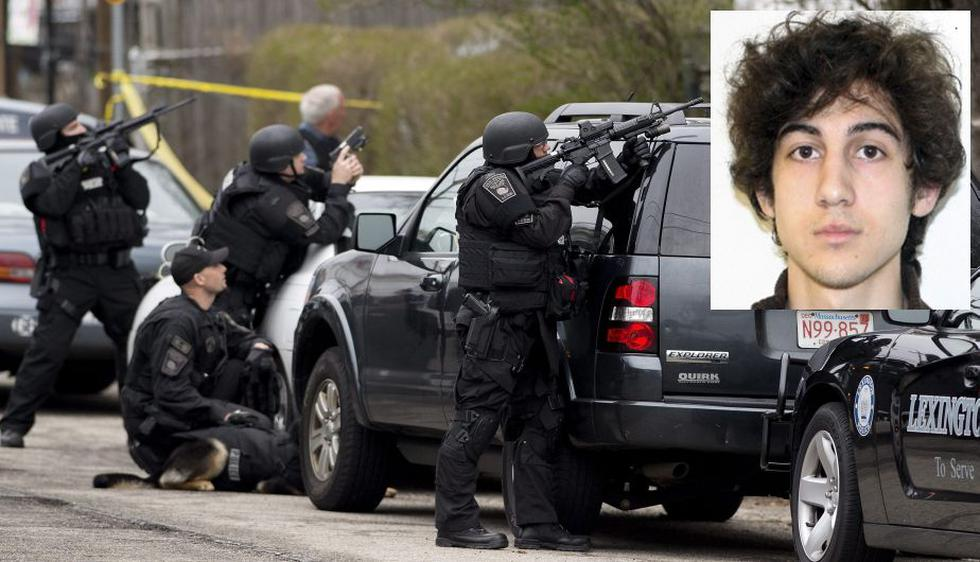 La Policía mantiene rodeada una casa en Watertown en la que puede estar el segundo de los sospechosos de las bombas del maratón de Boston. (EFE)