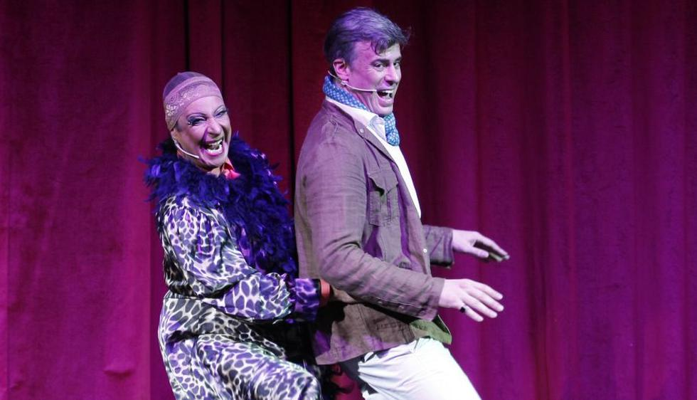 Carlos Carlín y Diego Bertie protagonizan la obra teatral La Jaula de las Locas. (Nancy Dueñas/Perú21)