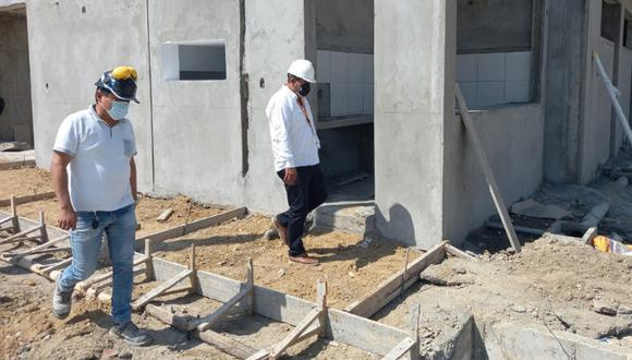 El alcalde de Sullana, Power Saldaña Sánchez, se constituyó de inmediato a varios puntos de la ciudad para la evaluación de daños tras el fuerte sismo. (Foto: Municipalidad Provincial de Sullana)
