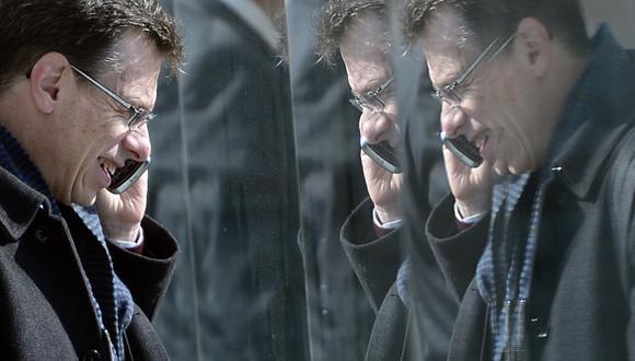 'CHUPONEO' MASIVO. Más de 60 millones de llamadas fueron espiadas en un mes en España. (AP)