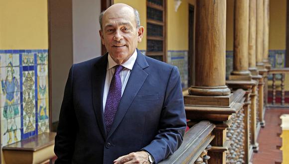 El embajador Hugo de Zela pasará a situación de retiro por cumplir 70 años (AFP).