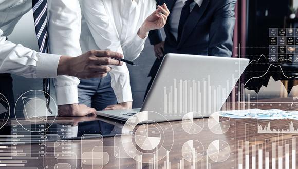 El 85% de los ejecutivos latinoamericanos planea invertir más en su transformación digital debido al COVID-19, lo que supone un compromiso mucho más firme respecto al 65% de sus pares globales. FOTO 4 | 4. Compras (Foto: iStock)