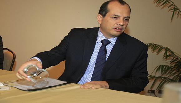 El ministro de Economía tuvo un encuentro con la prensa extranjera acreditada en Perú. (USI)