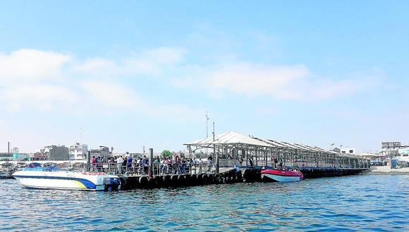El presidente de la Cámara de Turismo y Comercio Exterior de Paracas, Eduardo Jáuregui, planteó que el Ejecutivo declare el viernes 30 de julio día no laborable para el sector público.