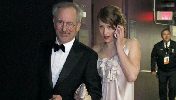 Spielberg y su hija Sasha. (AP)