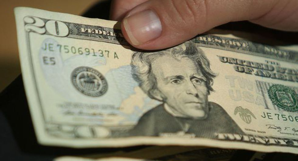 Dólar recupera terreno. (USI)