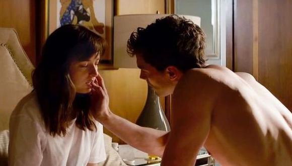 Seguidores de la película '50 sombras de Grey' tuvieron accidentes sexuales por imitar escenas de la cinta.