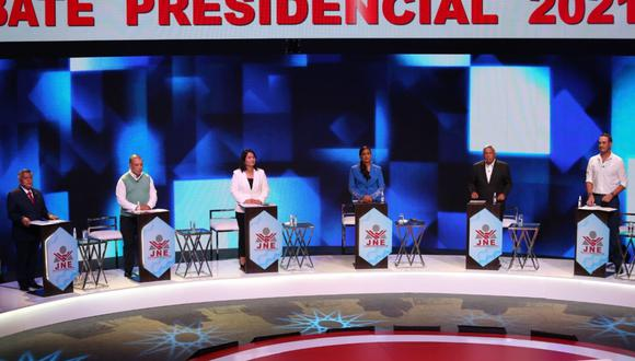 El debate presidencial del JNE tuvo a César Acuña, Marco Arana, Alberto Beingolea, George Forsyth, Keiko Fujimori y Verónika Mendoza. (Foto: JNE)