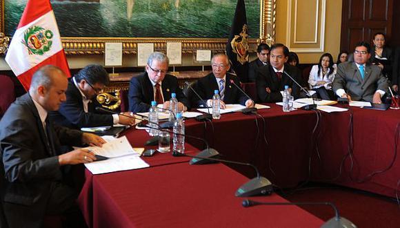 Los señalados. Acuña y Elías integran la Comisión de Educación. (A. Orbegoso)