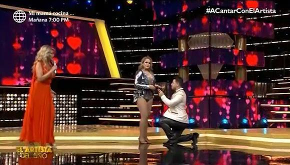 """Néstor Villanueva y Florcita Polo renuevan sus votos matrimoniales en """"El artista del año"""". (Foto: Captura de video)"""