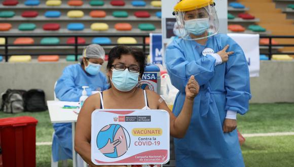 La vacunación se produce en todo el país. Fotos Britanie Arroyo / @photo.gec