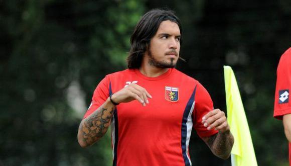 Juan Vargas ha tenido una temporada irregular en el Genoa. (Difusión)