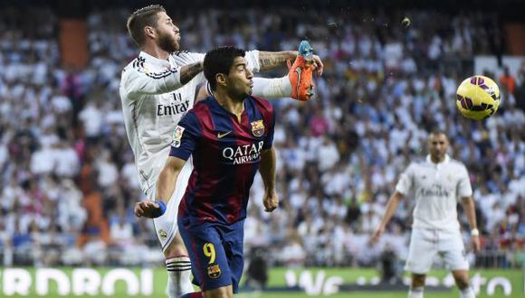 Luis Suárez quedó con un sabor agridulce tras derrota de Barcelona. (AFP)