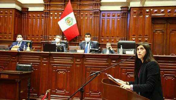 Ministra María Antonieta Alva reanudó sus labores y anunció medidas (Congreso).