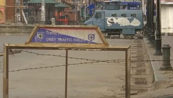 """""""Dentro de una semana o 10 días, todo irá bien y abriremos progresivamente las líneas de comunicación"""", indicó el gobernador Satya Pal Malik. (Captura de pantalla)"""