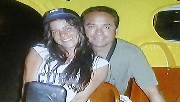 La pareja publico fotos de su viaje a Cuba en Facebook. (USI)