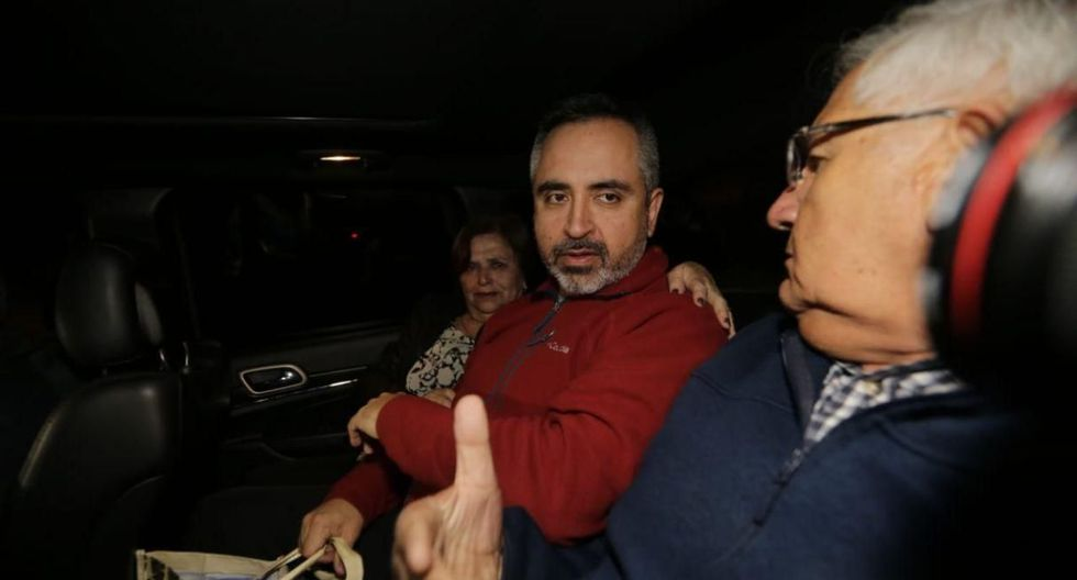 EN LIBERTAD. Cerca de las 7:30 de la noche, Jorge Tovar abandonó el penal Sarita Colonia y se dirigió a San Isidro a esperar a su esposa.