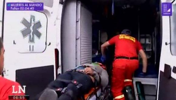 Motociclista sufre accidente en la Costa Verde (Captura: América Noticias)