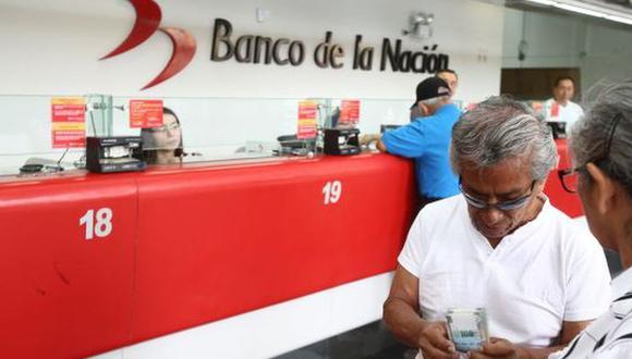 Desde mañana los usuarios podrán cobrar el bono de Pensión 65. (Foto: GEC)