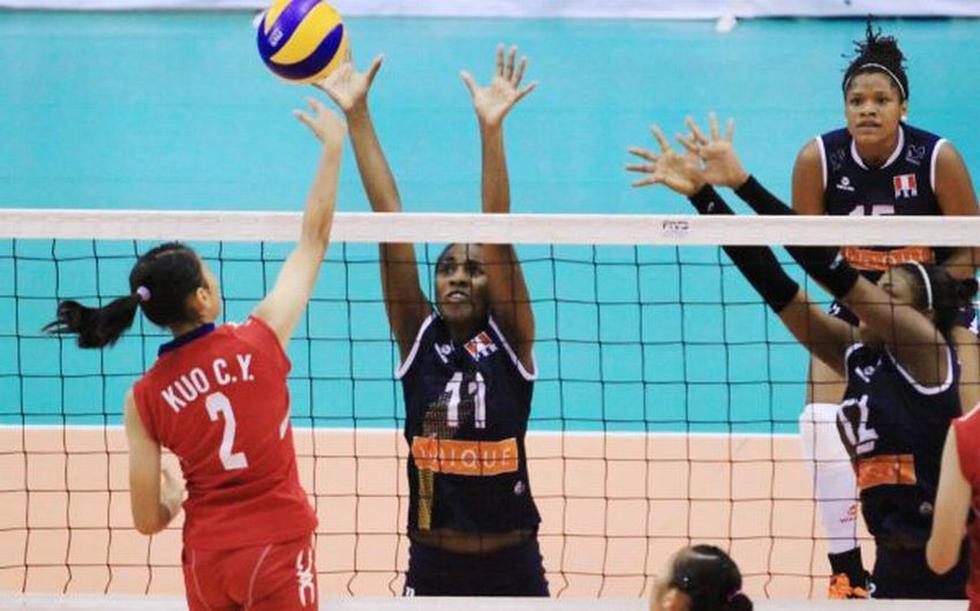 Las jóvenes jugadores destacaron en la remontada. Urrutia fue precisa en el bloqueo. (Foto: FIVB)