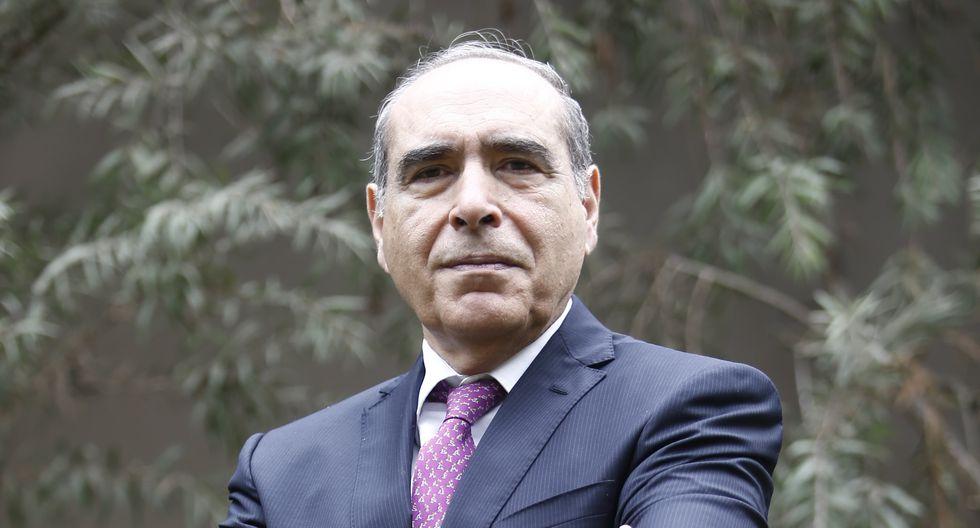 Roberto Abusada, prestigioso economista.