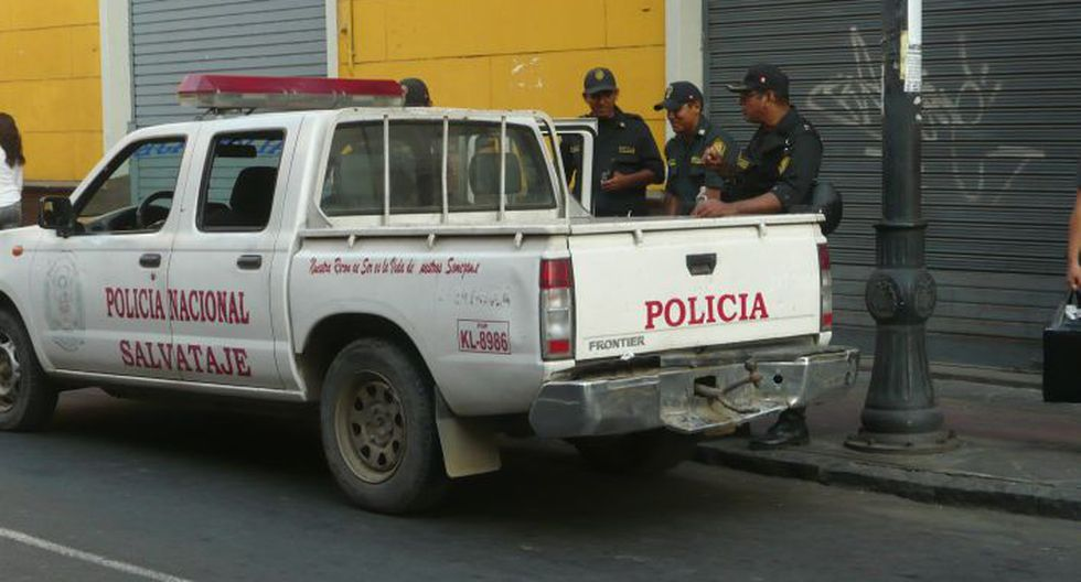 Régimen laboral juvenil: Hasta la Plaza San Martín también se hizo presente el congresista Yohny Lescano. (Chinn De La Cruz/Perú21)