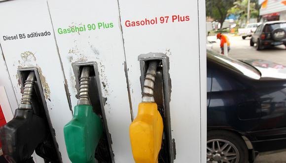 El diesel subió hasta 0.4% por galón. (Foto: GEC)