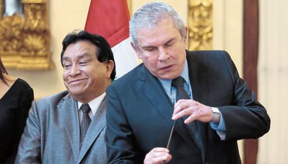 Luis Castañeda se mantiene mudo y no responde sobre requerimiento fiscal. (GEC)