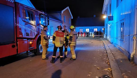 El ataque con arco y flechas ocurrió en una tienda de comestibles en el centro de Kongsberg, al oeste de Oslo. (Foto: @RochexRB27)
