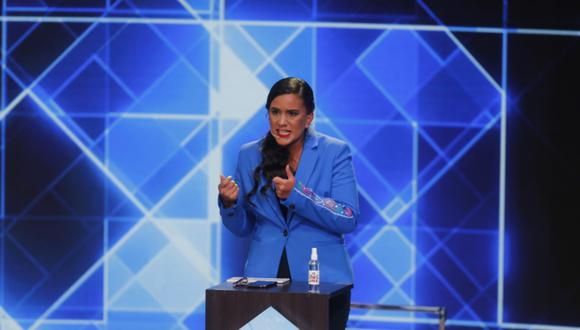 """""""No vamos a permitir que la mentira frene el cambio que nuestro país necesita"""", indicó Mendoza. (Foto: GEC)"""