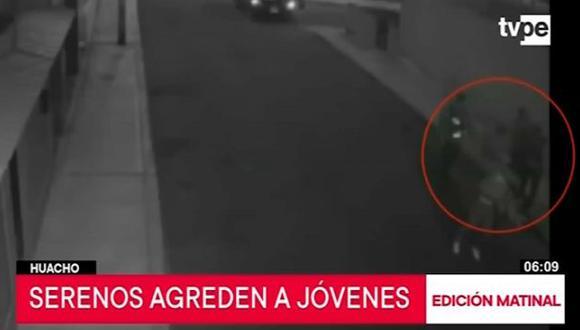 Daniel Zelada León y José Vásquez Palacios denuncian agresión por parte de serenos de la Municipalidad Provincial de Huaura.(Captura: TV Perú)