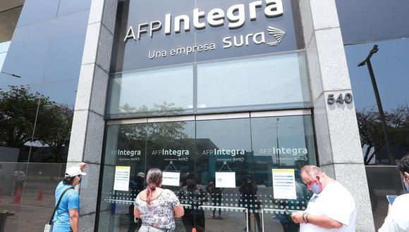 Hasta el 24 de agosto, los aportantes interesados en sacar su fondo de pensiones podrán hacerlo de forma virtual. (Foto: Lino Chipana / GEC)