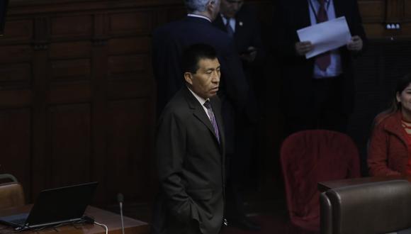 El congresista Moíses Mamani estuvo en la sesión del Pleno del Congreso. (Anthony Niño de Guzmán/GEC)