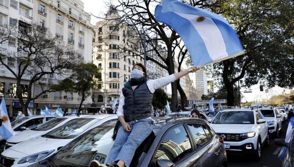 Argentina: nueva marcha opositora en contra de las medidas sanitarias para frenar la pandemia. (AFP).