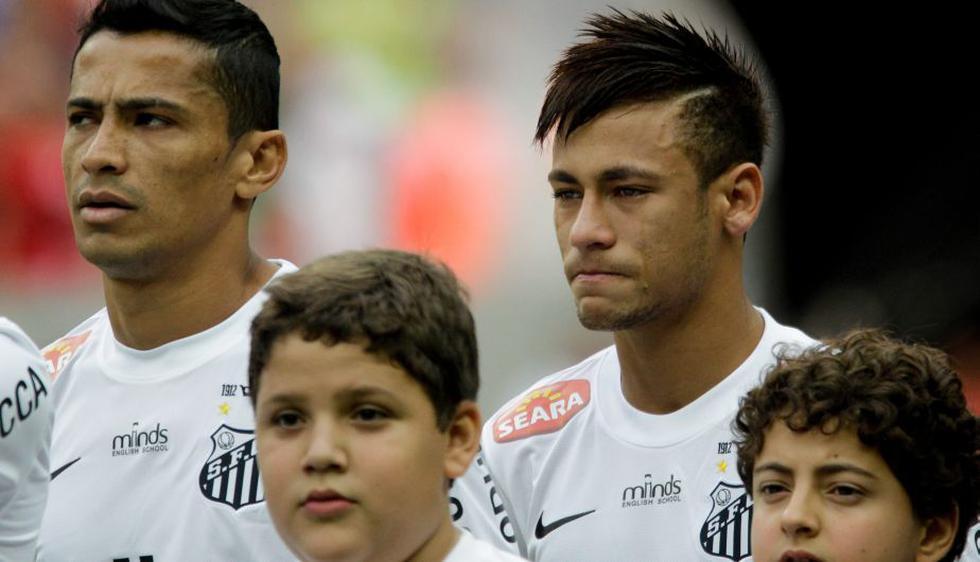 Neymar jugó ante el Flamengo su último partido con la camiseta del Santos. (EFE)