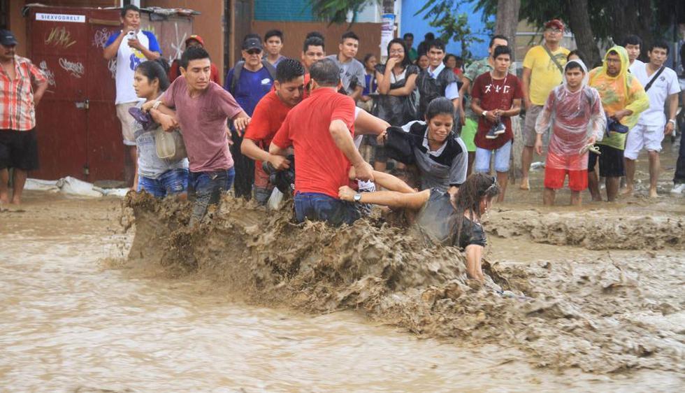 Centro de Trujillo inundado por el sexto huaico en la semana. (Javier Rosado)