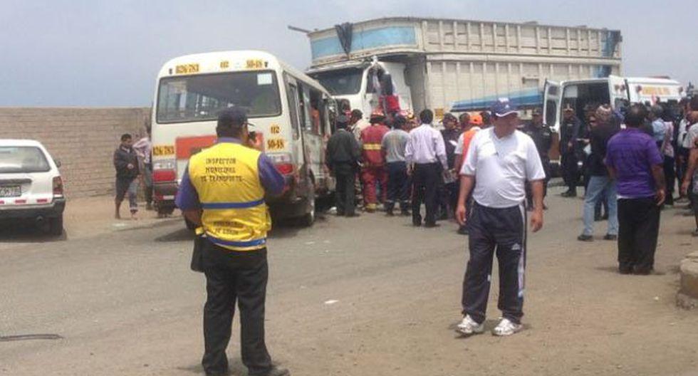 Heridos fueron llevados al hospital María Auxiliadora. (@r4ms0)