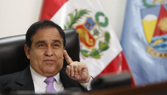 Se enfrenta a ex presidente. (Anthony Niño de Guzmán)