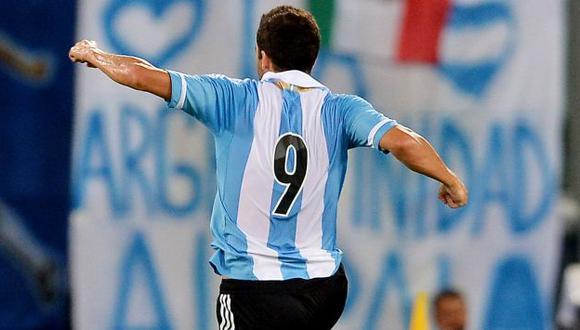 'PIPITA' CON GANAS. Higuaín abrió la cuenta para Argentina. (AFP)