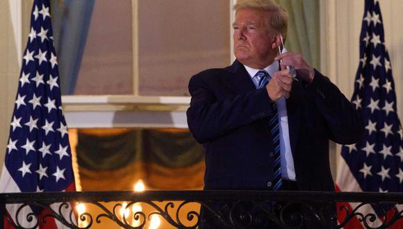 """Donald Trump """"ya no está considerado en riesgo de transmitir"""" coronavirus, afirma Sean Conley. (AFP)."""