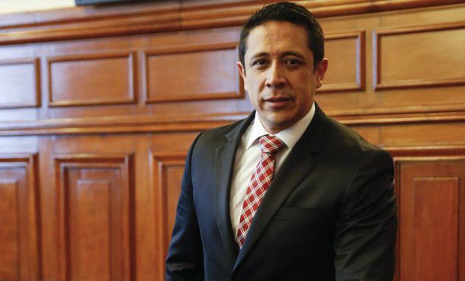 Miguel Castro renunció a las bancadas de Fuerza Popular y luego a Unidos por la República. (GEC)