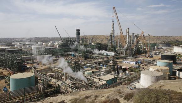 Después de levantarse el largo confinamiento, el avance de la obra de la Refinería de Talara está al 93.24%. (Foto: GEC)