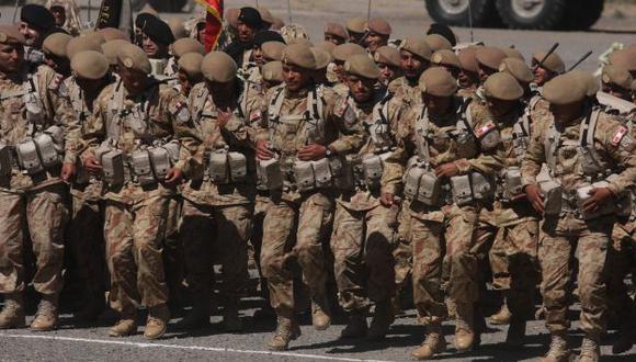 Los universitarios están exonerados al servicio militar. (Heiner Aparicio)