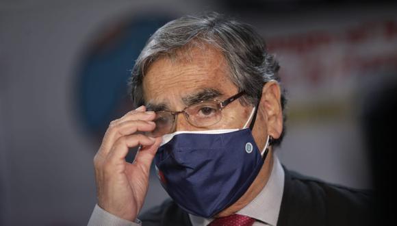 Ministro Ugarte deberá informar sobre las medidas y tratamientos que el Minsa brinda para evitar que pacientes de riesgo y/o comorbilidades infectados de COVID-19 acaben hospitalizados o mueran. Foto: GEC