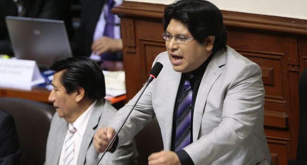 Espinoza es cuestionado por sus denuncias pendientes. (David Vexelman)