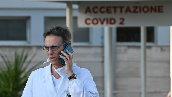 En medio del pánico por el coronavirus, un médico chileno que vive en Italia utilizó su cuenta de Twitter para manifestar sus conclusiones sobre el tema. (Foto: Referencial/AFP)