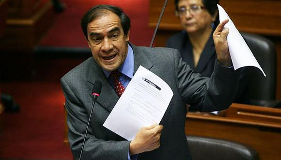 Yonhy Lescano señaló que Sedapal no cumple con las normas desde 2006. (Perú21)