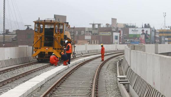 Metro de Lima: Colegio de Ingenieros pide suspender buena pro de Línea 2. (USI)
